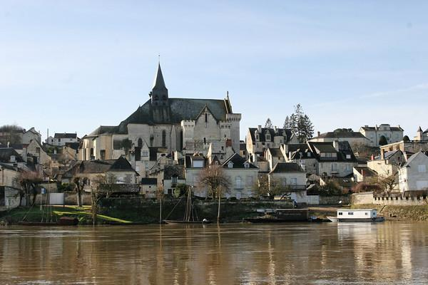 Candes Saint Martin - Part of Loire Valley cycling tour B8