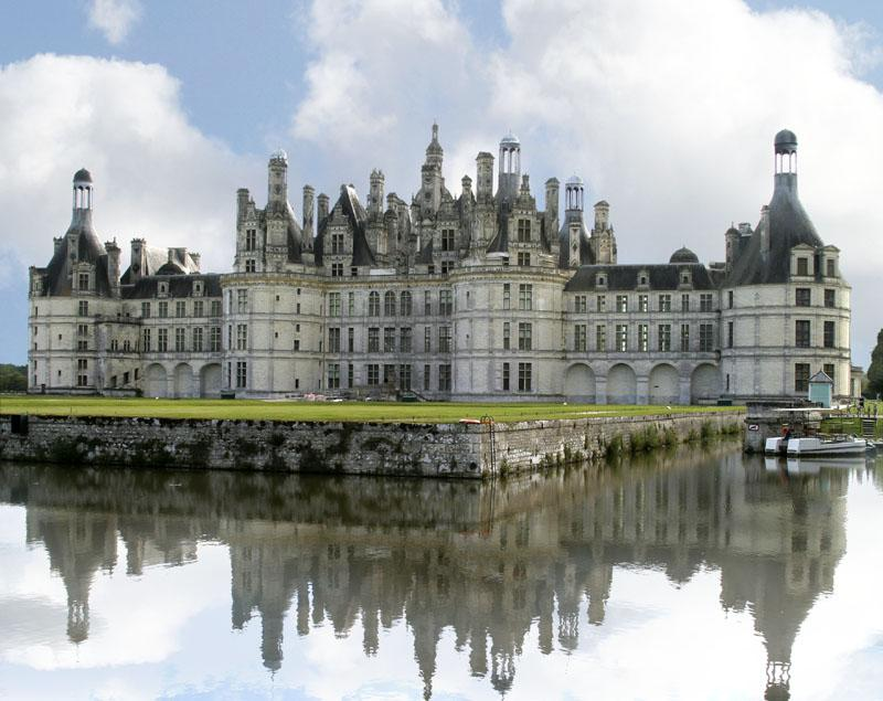 Chateau of Chambord - Part of Loire Valley cycling tour B2