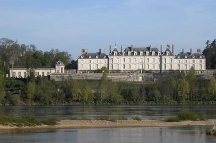 Chateau of Menars - Part of Loire Valley cycling tour B1