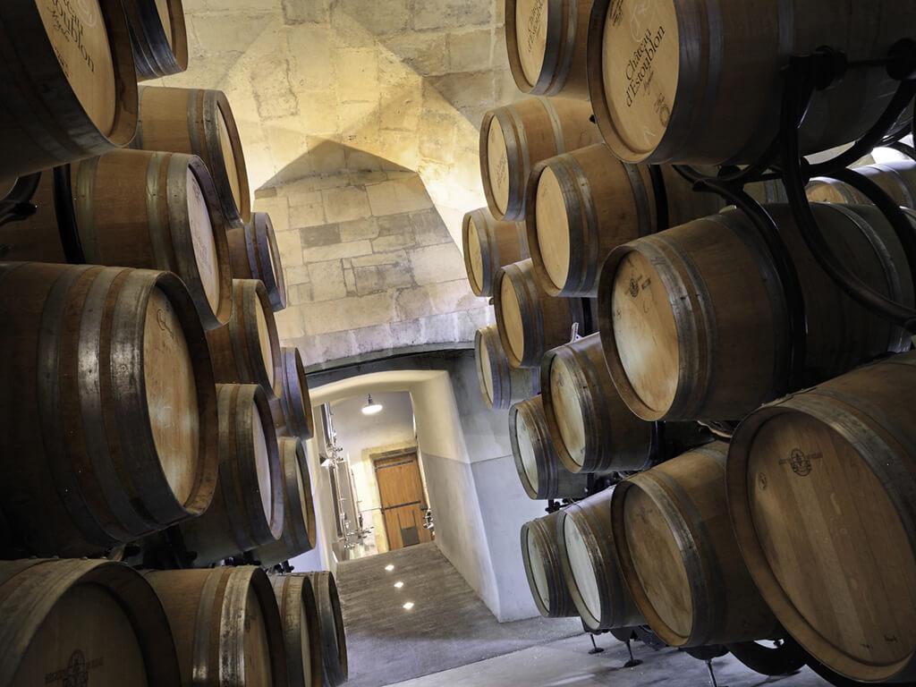 Provence private tour around Alpilles - Wine tasting at Chateau d'Estoublon
