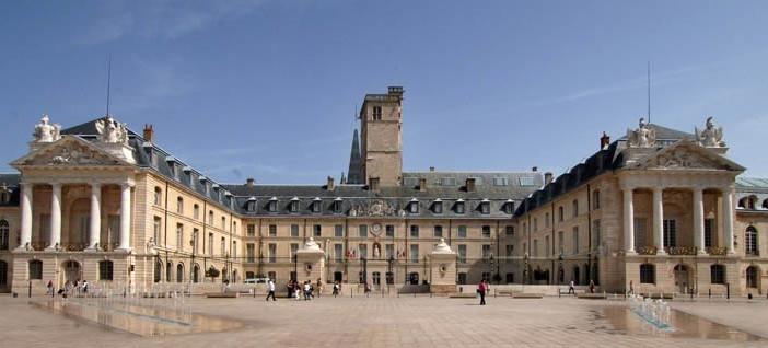 Fine-arts-museum-Dijon-702x318.jpg